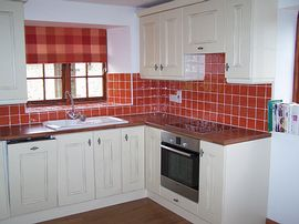 Kitchen in 'Holly' Cottage