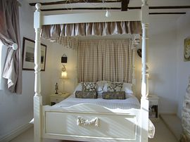 Stunning four poster bed - popular honeymoon choice