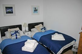 Beautifully presented twin bedroom
