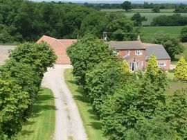 Walton Thorns Farm Holiday Cottages