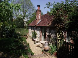 Elm cottage patio and garden